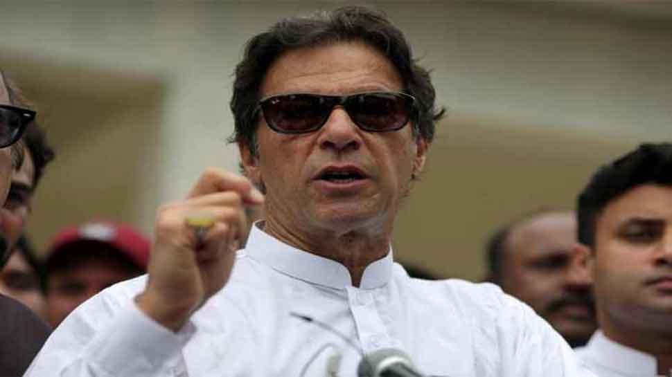 पाकिस्तान: इमरान खान ने लिखित रूप से मांगी माफी, पीएम बनने का रास्ता साफ
