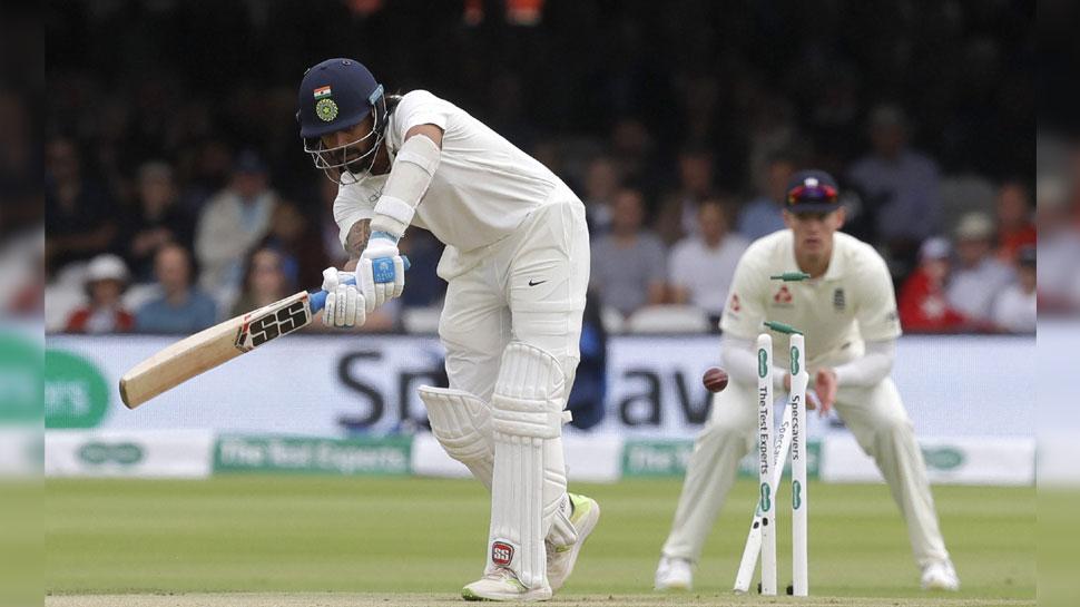 VIDEO: एंडरसन की इस घूमती गेंद पर मुरली विजय खा गए गच्चा, बिखर गई गिल्लियां