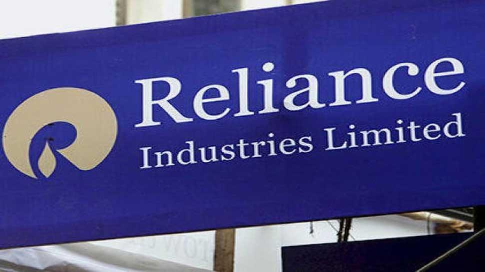 मार्केट कैप में Reliance-TCS में जबरदस्त 'टक्कर', जानिए कितना है अंतर