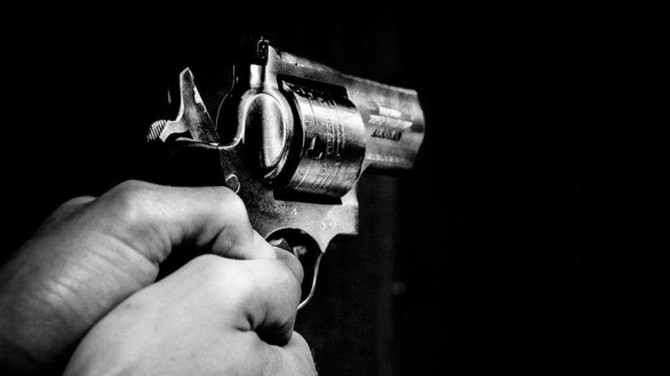 फ्लोरिडा : गोलीबारी में हमलावर समेत 3 लोगों की मौत, पुलिस ने की पुष्टि