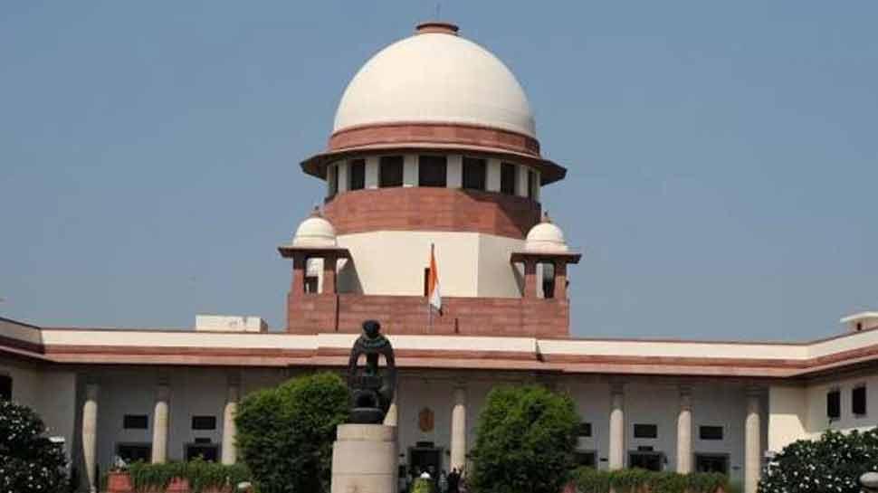 जम्मू-कश्मीर सरकार ने सुप्रीम कोर्ट में 'आर्टिकल 35A' की सुनवाई स्थगित करने की मांग की
