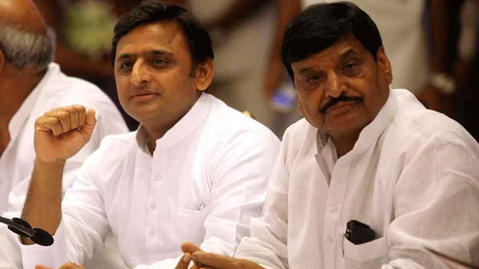 चाचा शिवपाल को लेकर अखिलेश का बड़ा बयान, कहा- हमारे घर में लोकतंत्र है