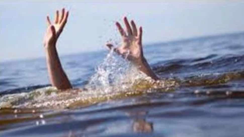 इलाहाबाद में यात्रियों से भरी नाव बेलन नदी में डूबी, 27 लोगों को निकाला, 2 लापता