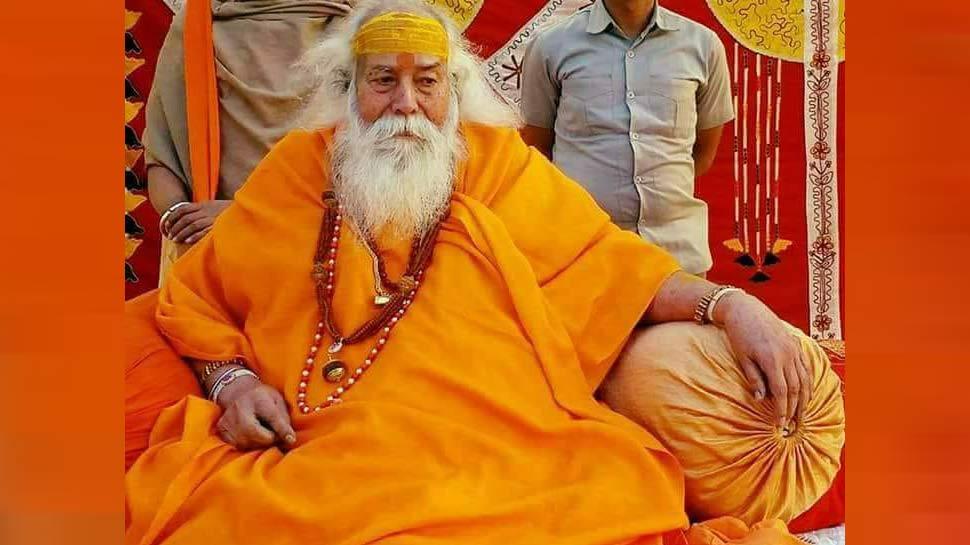 आरक्षण को पूरी तरह से समाप्त कर दिया जाना चाहिए: स्वामी स्वरूपानन्द सरस्वती