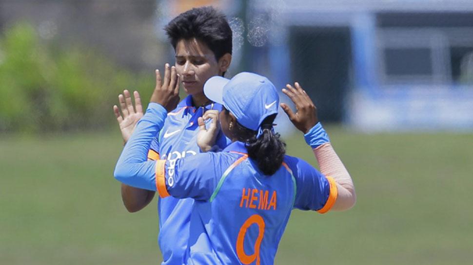 Women Cricket: मानसी ने श्रीलंका को 98 रनों पर समेटा, मंधाना ने की जीत आसान