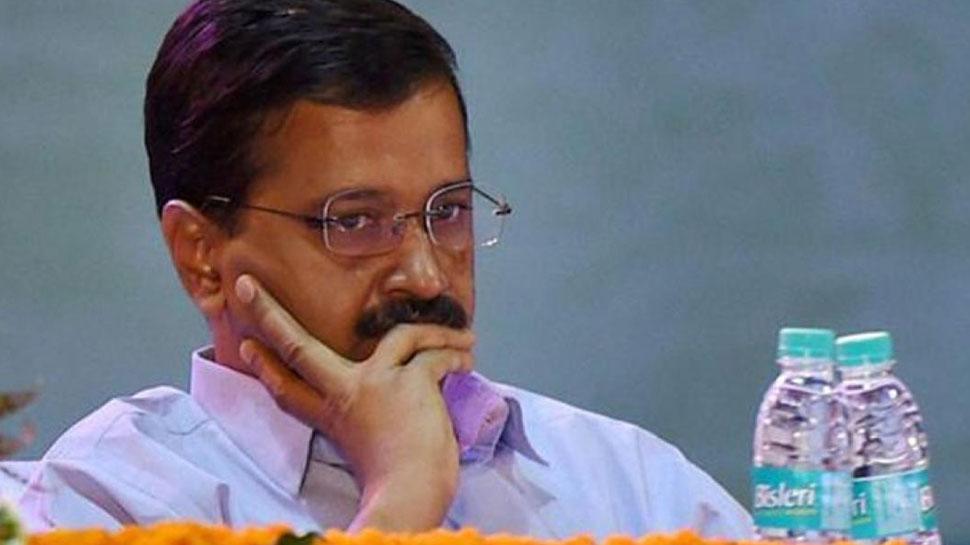 चुनावी फंडिंग को लेकर EC ने भेजा आम आदमी पार्टी को नोटिस,पूछा, 'क्यों न करें कार्रवाई'