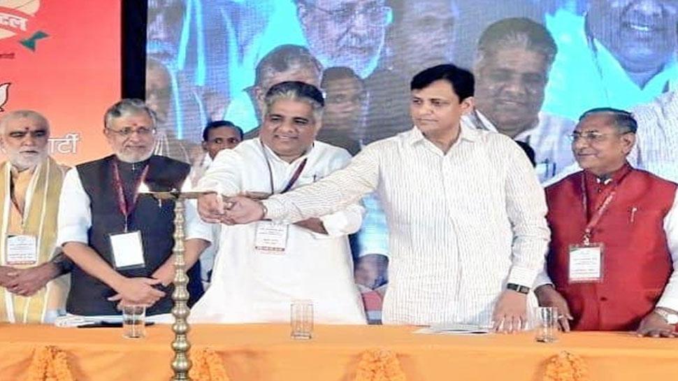 बीजेपी ने की नीतीश कुमार की तारीफ, कहा दर्ज करेंगे एतिहासिक जीत