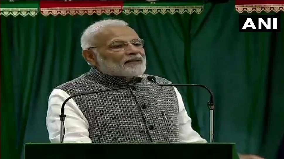 देश के नव निर्माण के लिए हम निरंतर मिलकर आगे बढ़ते रहेंगे: PM