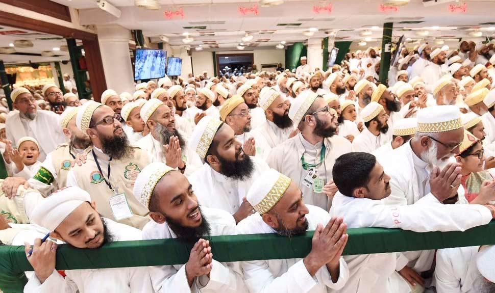 PM Modi at Indore's Saifee Nagar mosque