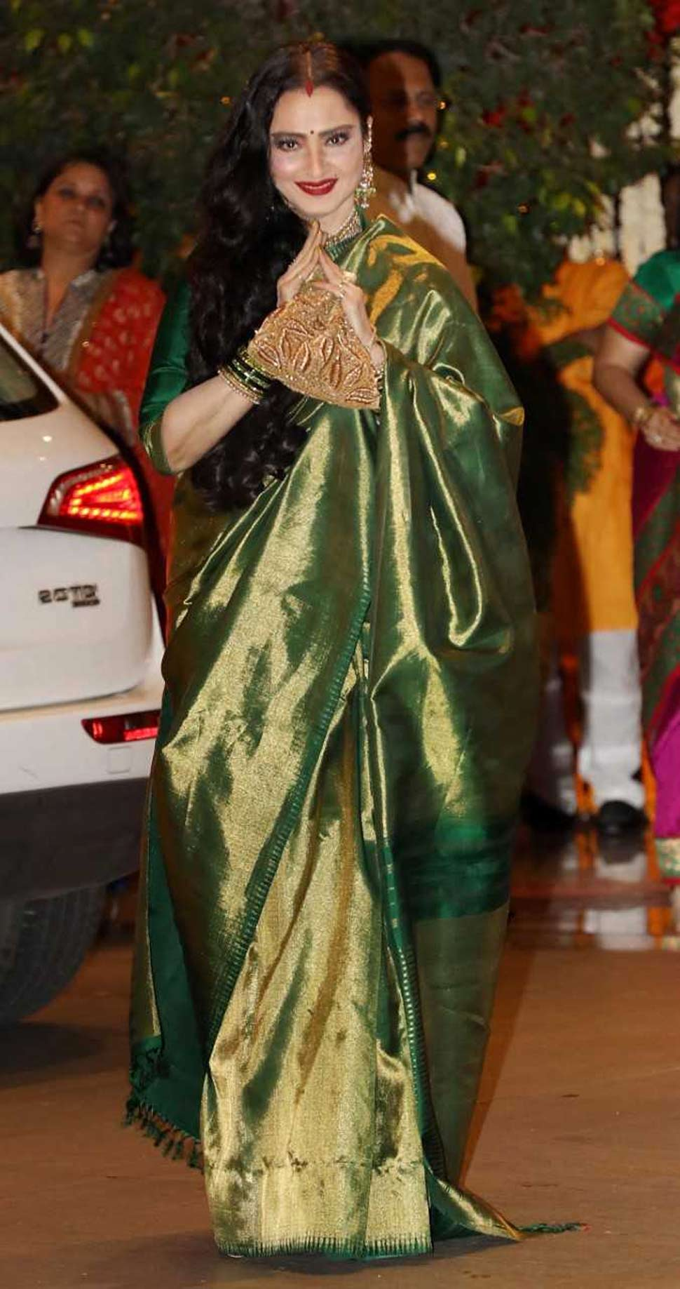 Evergreen Diva Actress Rekha