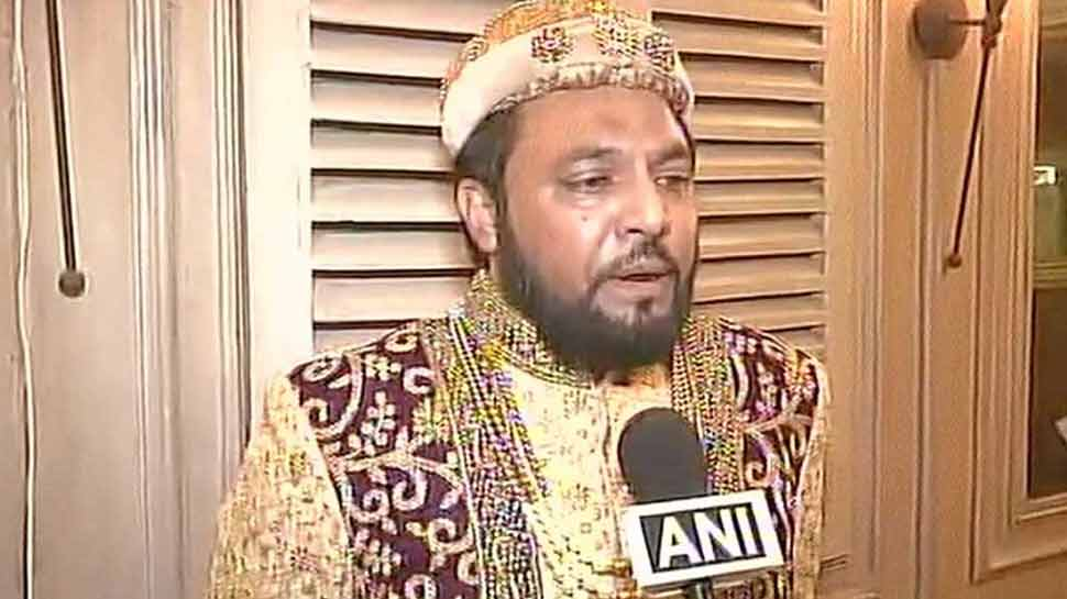 VIDEO: बाबर के वंशज का दावा करने वाले प्रिंस याकूब बोले, 'राम मंदिर की नींव का पत्थर मैं ही रखूंगा'