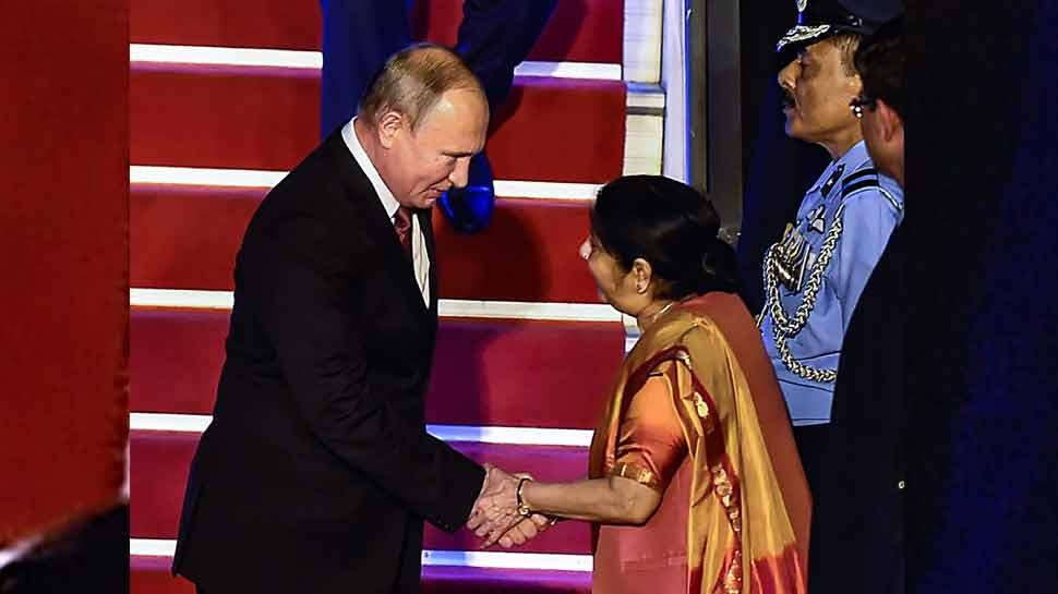 दिल्ली पहुंचे रूस के राष्ट्रपति व्लादिमीर पुतिन, थोड़ी देर में पीएम मोदी से करेंगे मुलाकात