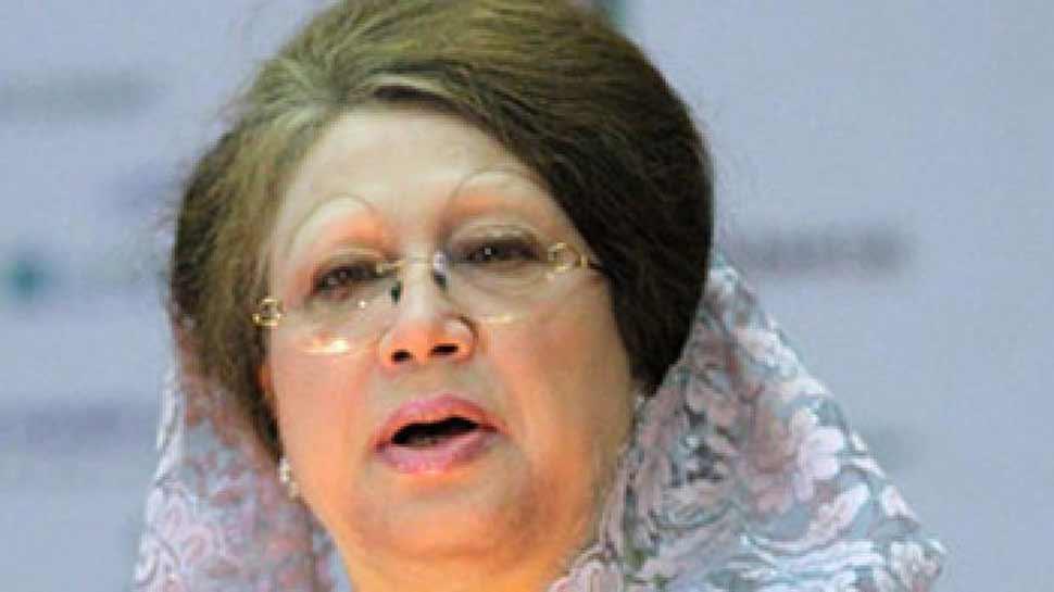 बांग्लादेश: जेल में बंद पूर्व PM खालिदा की तबीयत बिगड़ी, अस्पताल में हुईं भर्ती