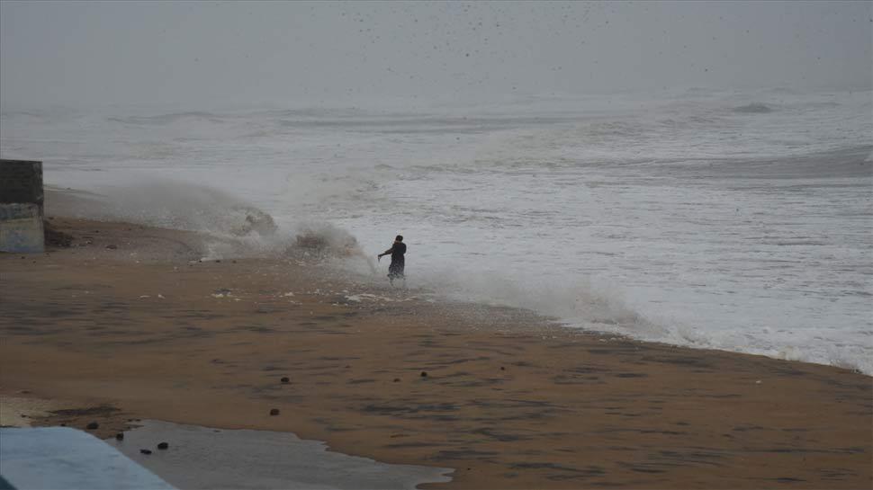 मौसम वैज्ञानिकों ने कहा, 'हिंद महासागर में एक साथ दो चक्रवाती तूफानों का डेरा 'दुर्लभ' घटना'