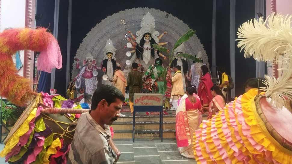 Image result for बिहार में धूम-धाम से मनाया जा रहा है दुर्गा पूजा,