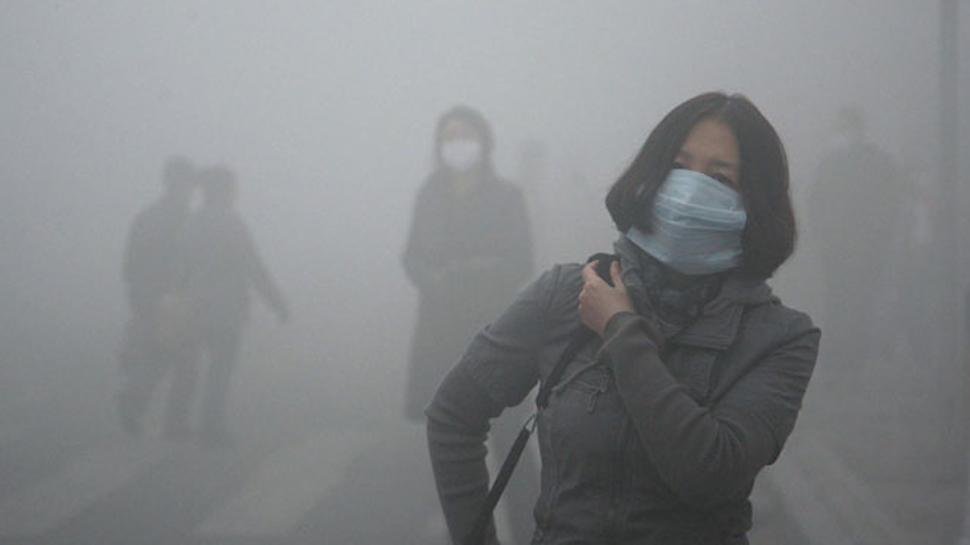 दिल्ली में छाई धुंध की चादर: इस मौसम की अब तक की सबसे जहरीली हवा