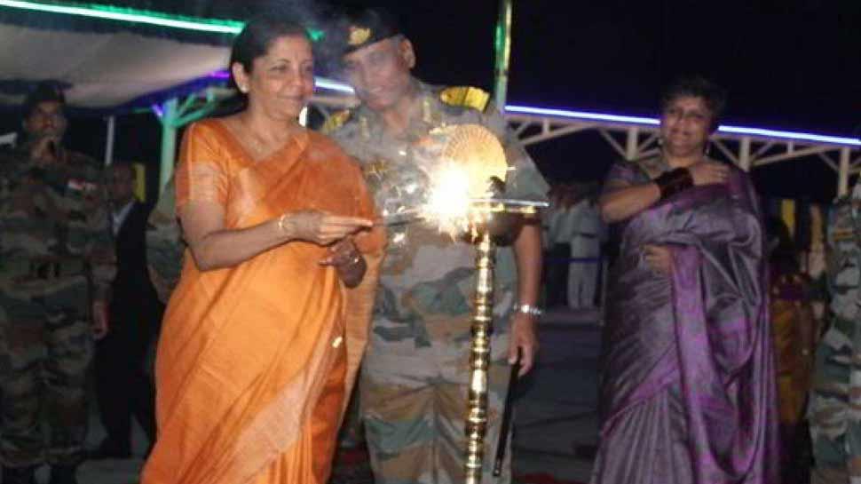 अरुणाचल में जवानों संग दिवाली मनाएंगी रक्षा मंत्री निर्मला सीतारमण