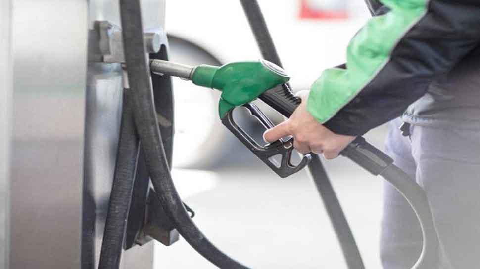 पेट्रोल-डीजल के दाम में फिर राहत, जानिए क्या है आज का भाव