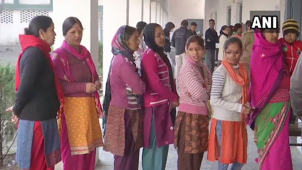 उत्तराखंड में निकाय चुनाव के लिए मतदान जारी,