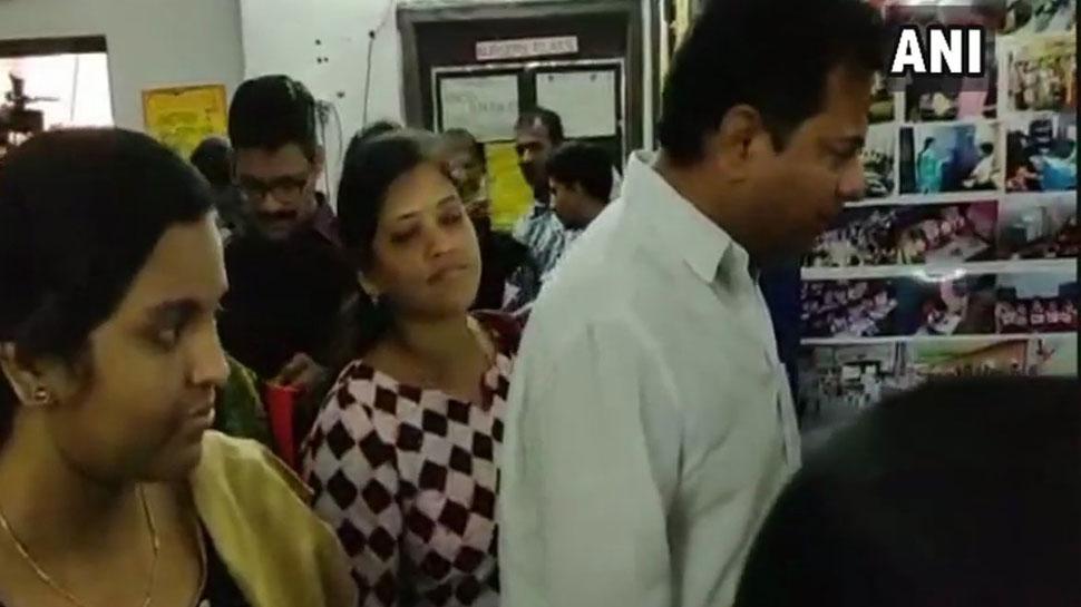 तेलंगाना में शाम 7 बजे तक 67 फीसदी मतदान, पहली बार VVPAT मशीनों का हुआ इस्तेमाल