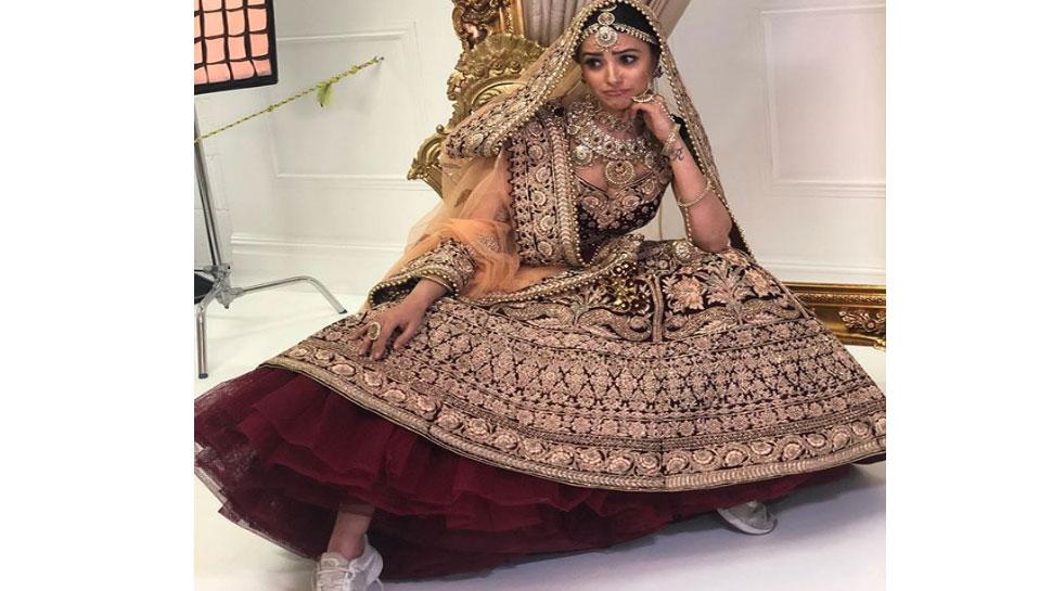Anita Hassanandani wedding sneaker