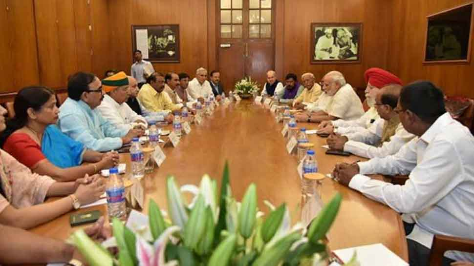 25 union ministers will be soon to stay in varanasi for make it Kyoto