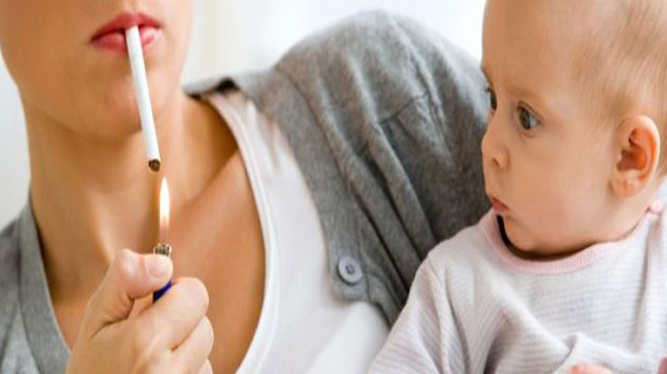 Breastfeeding mothers stay away from smoking