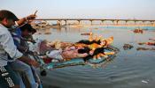 मुहर्रम और दुर्गा मूर्ति विसर्जन: ममता को झटका देने वाली कोर्ट की 10 सख्त टिप्पणियां