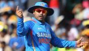 VIDEO : 127 साल के क्रिकेट इतिहास में यह कारनामा करने वाले इकलौते हैं 'वीरू पाजी'