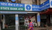 SBI खाता धारक अब हर रोज ATM से निकाल सकेंगे 2 लाख रुपए