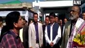 VIDEO: फ्लाइट लेट होने पर केंद्रीय मंत्री पर फूटा महिला यात्री का गुस्सा, देखिए क्या हुआ