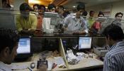 Aadhaar को बैंक खातों और पैन से जोड़ने की अंतिम तारीख बढ़ी