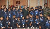 सेना प्रमुख ने कश्मीरी छात्रों से पूछा, आप लोगों में से कितनों ने पवित्र कुरान पढ़ी है?