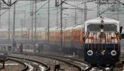 रेलवे ने 9 ट्रेनों के बदले स्टेशन, जानिए किन स्टेशनों से चलेगी ये ट्रेनें