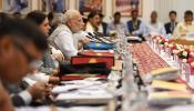 मिडिल क्लास कर रहा 'न्यू इंडिया 2022' का इंतजार, इसे डट कर करें पूरा; CM को पीएम का पैगाम