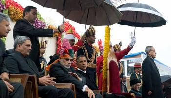 66वां गणतंत्र दिवस: राजपथ पर भारत की सैन्य शक्ति, शौर्य और सांस्कृतिक विविधता से रूबरू हुए बराक ओबामा