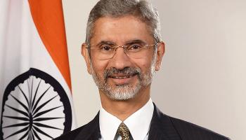 एस जयशंकर बने नए विदेश सचिव, कार्यभार संभाला; कांग्रेस ने सुजाता सिंह को हटाने पर उठाए सवाल