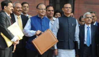 मोदी सरकार का आम बजट 2015 पेश; आय कर स्लैब में बदलाव नहीं, सर्विस टैक्स से जेब होगी ढीली