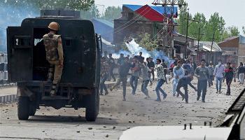 सुरक्षा बलों की गोलीबारी में लड़के की मौत; 2 पुलिसकर्मी गिरफ्तार, जांच का आदेश
