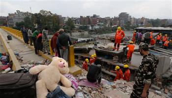 LIVE: नेपाल के भूकंप में मृतकों की तादाद 10 हजार तक भी पहुंच सकती है- नेपाली PM सुशील कोइराला