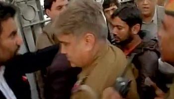 JNU में बढ़ी तकरार, देशद्रोह के मामले में छात्रसंघ के अध्यक्ष कन्हैया को 3 दिन की पुलिस रिमांड