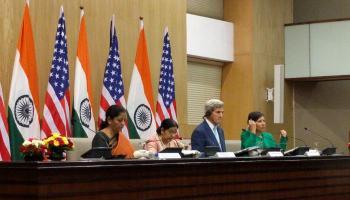 केरी के सामने सुषमा ने दी पाकिस्तान को चेतावनी, कहा-मुंबई, पठानकोट के आरोपियों पर जल्द कार्रवाई करे पाक