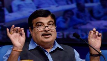 BJP और शिवसेना के पास हाथ मिलाने के अलावा और कोई विकल्प नही:  नितिन गडकरी