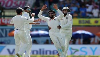 धर्मशाला टेस्ट LIVE : सीरीज जीतने से 87 रन दूर टीम इंडिया