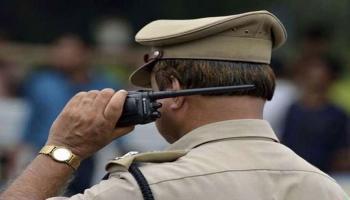 एयर होस्टेस से छोड़छाड़ मामले में BJP नेता के बेटों के खिलाफ गिरफ्तारी वारंट जारी