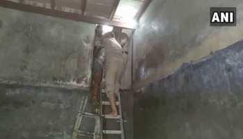 गाजियाबाद में अचार फैक्ट्री के एसिड टैंक में गिरकर तीन लोगों की मौत