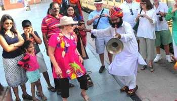 इतिहास में पहली बार 'पैलेस ऑन व्हील्स' फुल होकर पहुंची जयपुर, जोरशोर से हुआ स्वागत