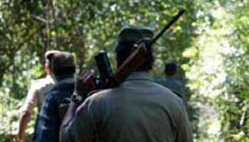 पलामू पुलिस को मिली बड़ी सफलता, इनामी नक्सली सहित 4 गिरफ्तार