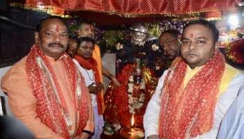 झारखंडः रघुवर दास पहुंचे देउड़ी मंदिर, श्रद्धालुओं से ऐसे मिले मुख्यमंत्री