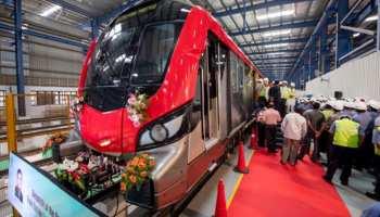 20वां और अंतिम मेट्रो ट्रेन सेट ट्रांसपोर्ट नगर मेट्रो डिपो के लिए रवाना
